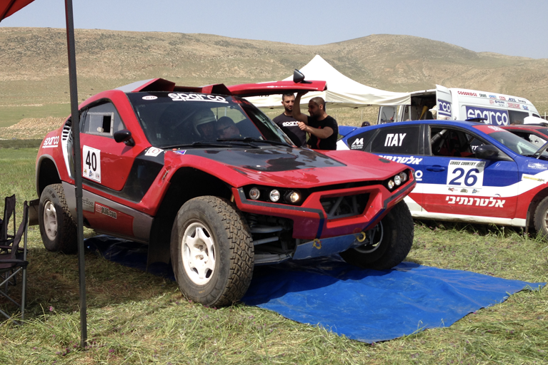 sol-t1-in-rally-mechora-on-the-pits
